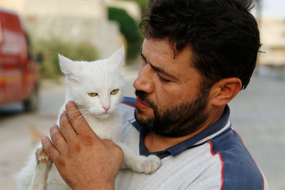 Dokaz da i u uvjetima teške tragedije ima mjesta za suosjećanje sa životinjama